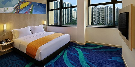 Holiday Inn Express Kuala Lumpur City Centre is the smart choice for those on the lookout for both convenience and comfort – it is situated on Jalan Raja Chulan, which is the centre of Kuala Lumpur